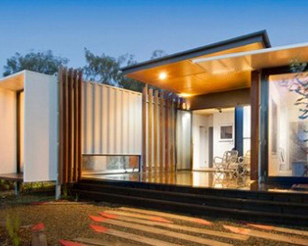 casa supermoderna con containers