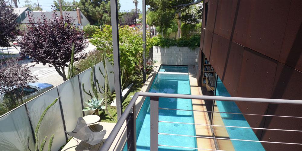 piscina larga para nadar