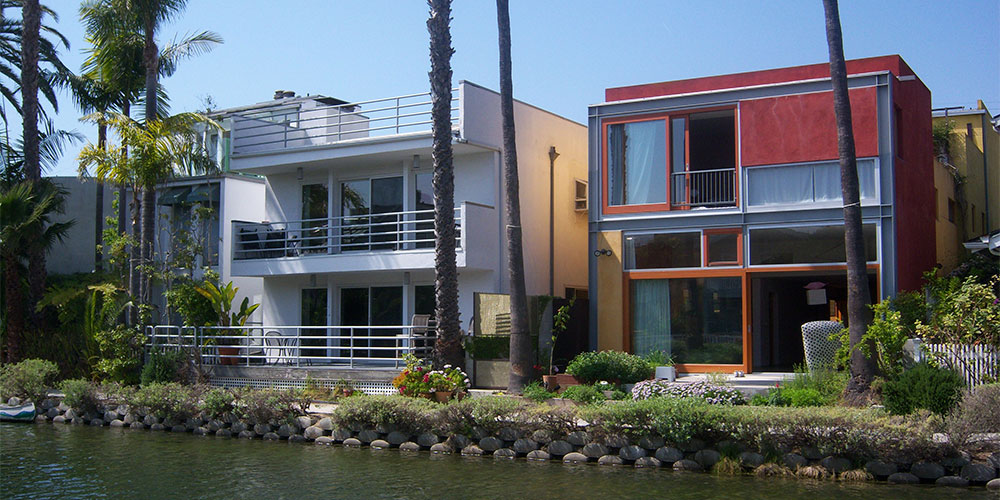 casas-con diferentes revestimientos exteriores
