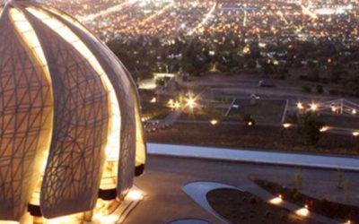 Cerca del cielo el Templo Bahá' Ís tiene una arquitectura que sorprende
